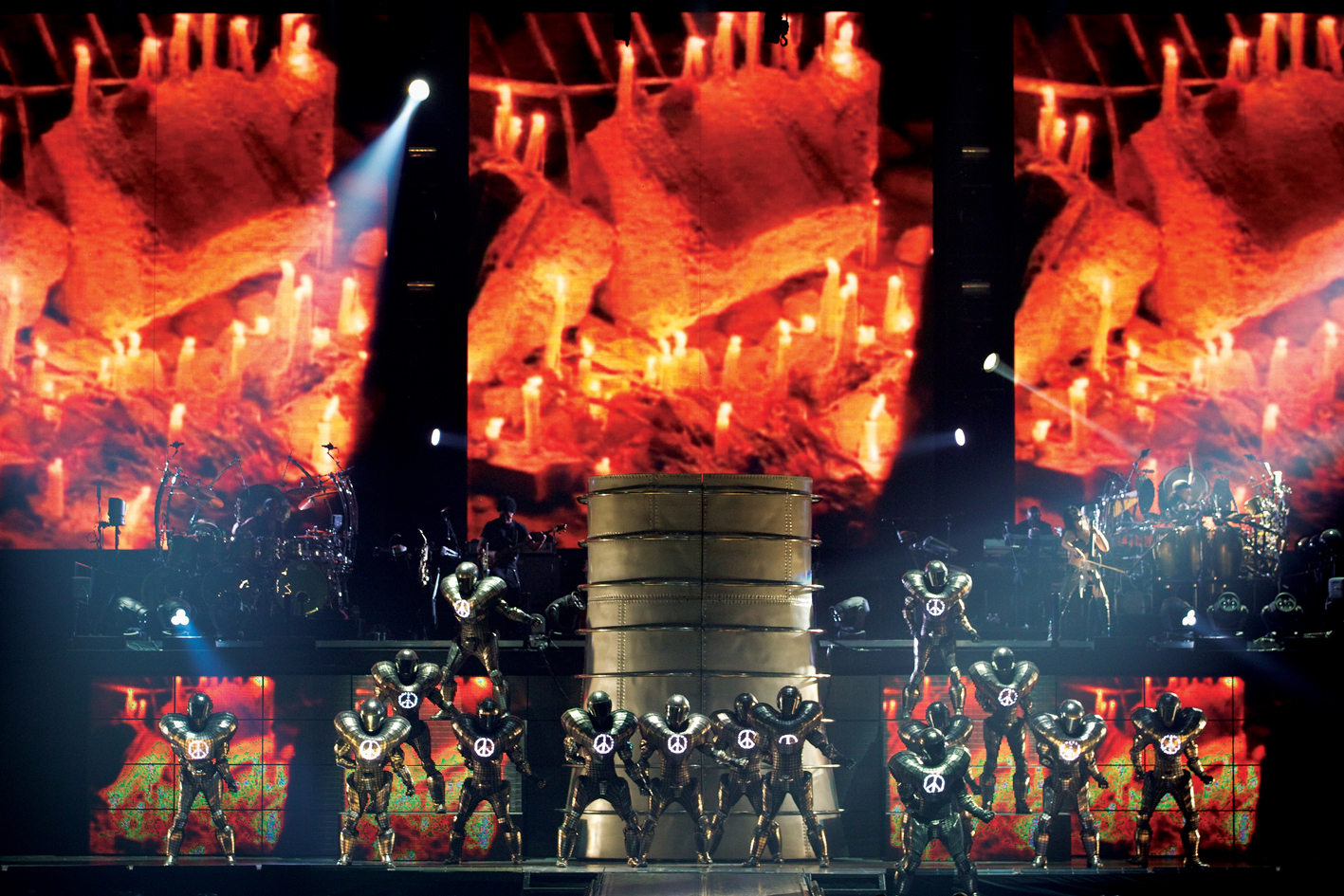REVIEW – MICHAEL JACKSON THE IMMORTAL WORLD TOUR