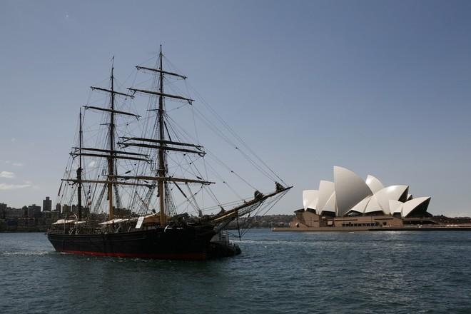 Stop the boats, Pyrmont says