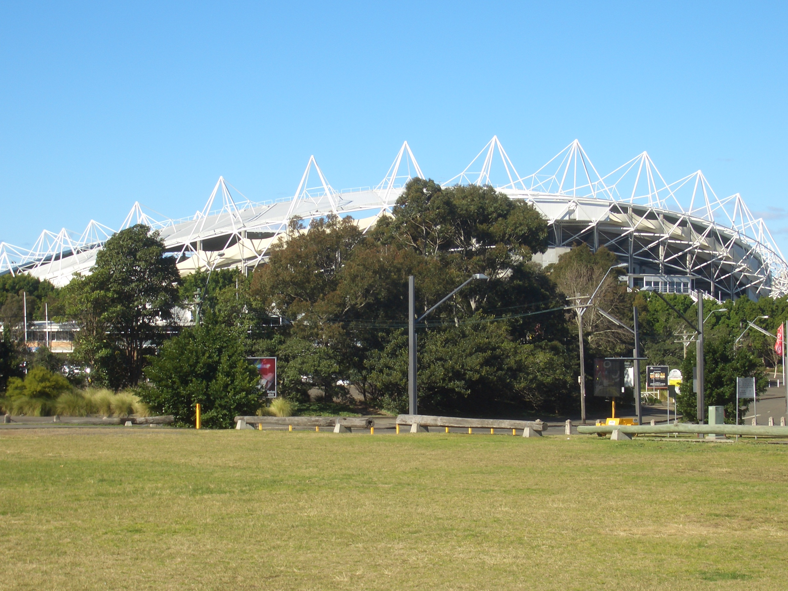 Moore stadiums a possibility for Sydney