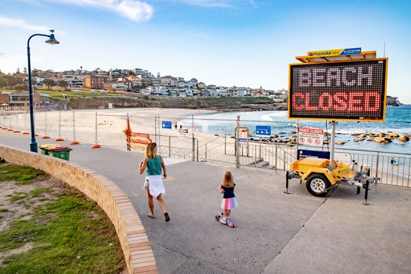 Sydney's southern beaches closed again